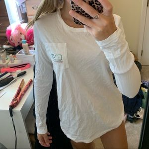 White Vineyard vines Christmas shirt
